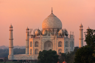 View of Taj Mahal at sunset in Agra, Uttar Pradesh, India