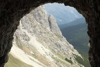 Felsenfenster in den Dolomiten