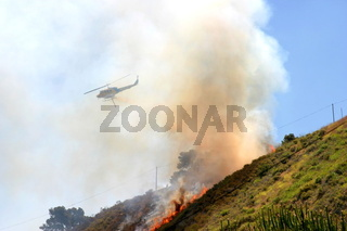 Brush fire in Ventura