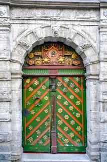 Tallin medieval door