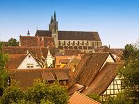 Luftaufnahme der Stadt Rothenburg ob der Tauber in Bayern mit der Stadtkirche St. Jakob