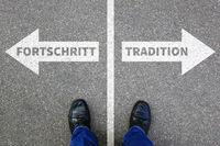 Fortschritt Tradition Zukunft Bewertung Analyse Unternehmen Business Konzept Businessman
