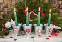Vier Kerzen fuer den Advent