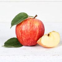 Apfel rot Obst Frucht Früchte Quadrat auf Holzplatte