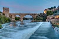 Die Puente de San Martin in Toledo, Spanien