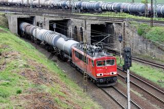 Güterlok bestehend aus E-Lok BR 155