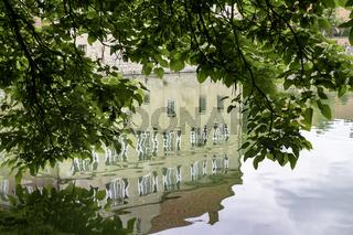 Wasserspiegelung der Burg Hülshof bei Havixbeck, NRW