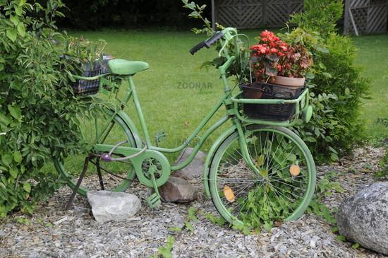 blumenkorb fahrrad deko pflanzenkorb weide gartenkorb weidefahrrad gartendeko mittel pro. Black Bedroom Furniture Sets. Home Design Ideas