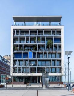 zeitgenössige architektur - modernes wohngebäude