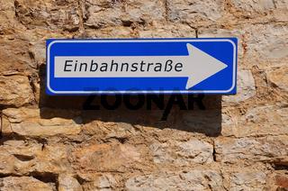Schild Einbahnstrasse