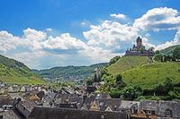 Luftaufnahme von Cochem an der Mosel mit der Reichsburg, Rheinland-Pfalz, Deutschland