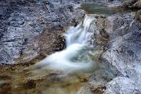 Wasserfall mit Strudel