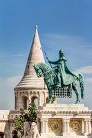 Reiterstandbild in Budapest vor der Fischerbastei