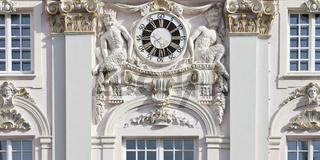 BN_Rathaus_Uhr_08.tif