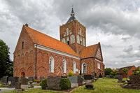 Die Kreuzkirche in Pilsum, Ostfriesland