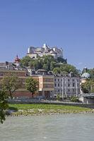 Feste Hohensalzburg und Salzach