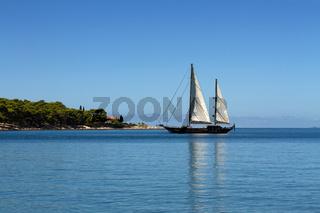 Segelboot in Cavtat. Kroatien