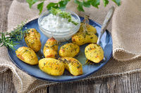 Backkartoffeln mit Kräuerquark