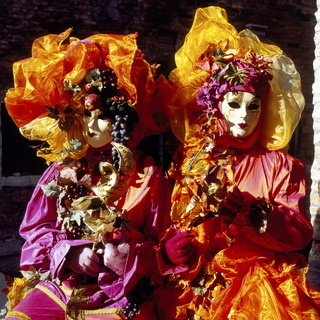 Carnevalsmasken am Markusplatz, Venedig, Italien