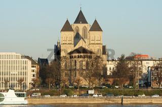 Kirche St. Kunibert, Köln, Deutschland