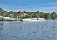 D--SH--Holst.-Schweiz--Ausflugsschiff in Malente.jpg