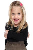 Kind kleines Mädchen lachen Oberkörper Portrait Porträt isoliert Freisteller freigestellt