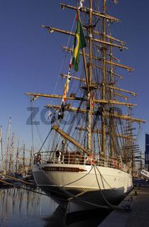 Das brasilianische Segelschulschiff Cisne Branco