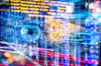 Programmcode mit Auge und Technologie Hintergrund