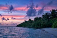 Malediveninsel im Abendlich