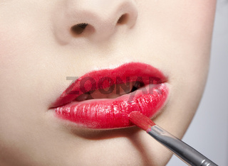 girl's lips zone makeup