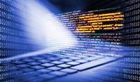 Tastatur mit Programmiercode und Binärcode