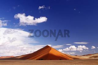 Wolken in der Namib-Wüste; clouds in the Namib-Desert