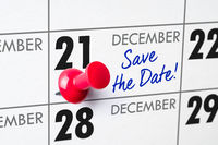 Wall calendar with a red pin - December 21