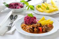 Ungarisches Gulasch