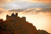 Burg Schönburg abends