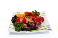 Ready-to-eat steak with baked vegetables