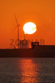 Sonnenuntergang an der Knock in Ostfriesland