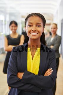 Junge Frau in der Business Ausbildung