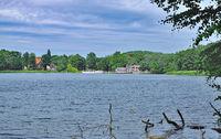 Sielbeck bei Eutin am Kellersee mit Faehrhaus,Holsteinische Schweiz,Deutschland