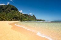 Tunnels beach on the north shore Kauai