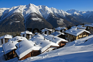 Winter in einem Bergdorf in den Schweizer Alpen, Bettmeralp, Wallis, Schweiz