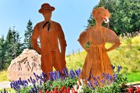 Schwarzwaelder Paar am Mummelsee Schwarzwald.jpg