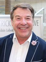 Patrick Lindner bei einer Autogrammstunde am 13.02.2018 in Magdeburg