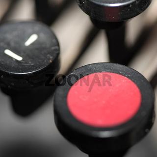 Rote Schreibmaschinentaste