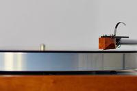 hochwertiger Schallplattenspieler