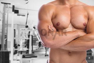 Bodybuilder Bodybuilding Muskeln anspannen posen Fitnessstudio Body Building Mann stark muskulös