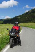 Motorradfahrer am Umbrailpass
