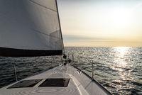 Sonnenuntergang auf einer Segelyacht