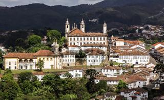 Ouro Preto Stadtansicht im Sonnenlicht