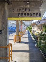 Ruine eines Industrie Baues beim Bahnhof